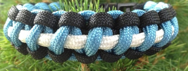 Three color paracord survival bracelet