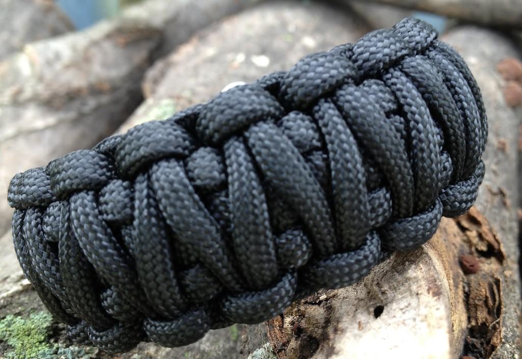 King cobra paracord bracelet;paracord bracelet;survival bracelet