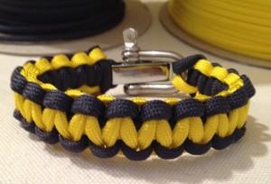 Wolverine paracord bracelet;wolverine bracelet;football paracord bracelet
