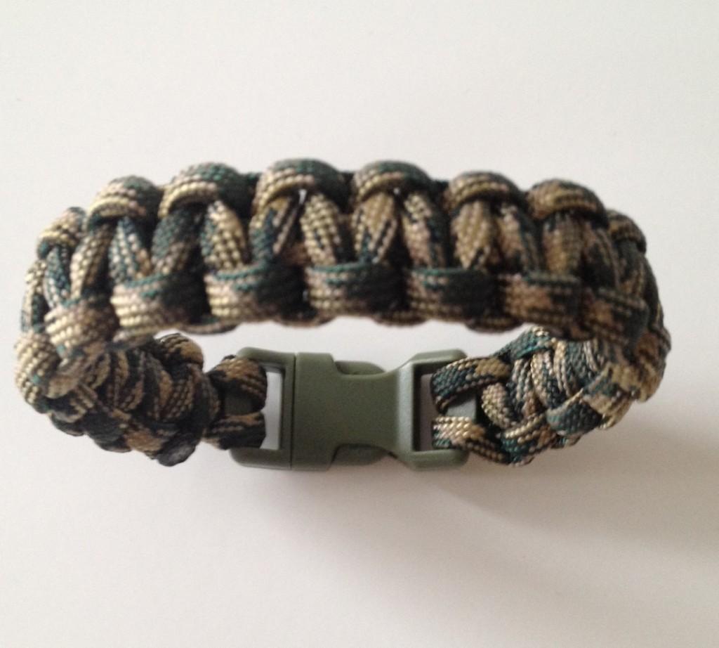 Basket Weave Paracord Bracelet Tutorial : How to make a paracord bracelet tutorials cords
